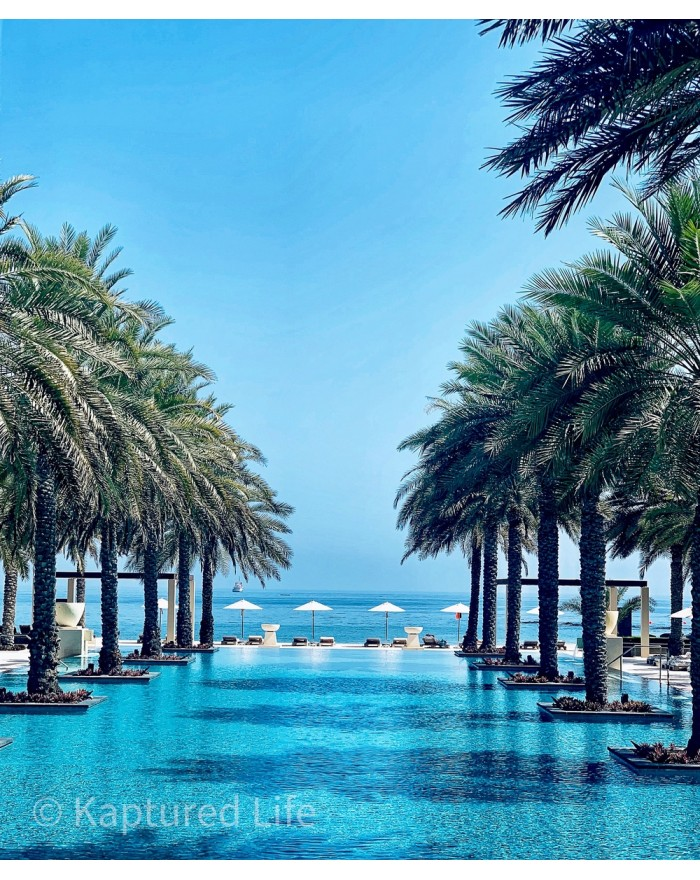 Oman Holi-days